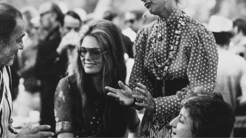 That Time a Magazine Paid Gloria Steinem with a Gucci Bag | StyleCaster