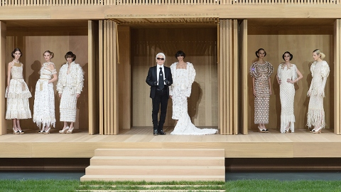 6 Epic Moments from Chanel's Couture Runway Show | StyleCaster