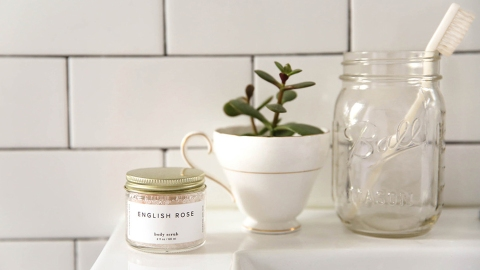 This Rose Scrub Will Save Your Dry Winter Skin | StyleCaster