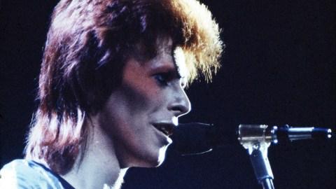 Legendary Singer David Bowie Dies at 69 | StyleCaster