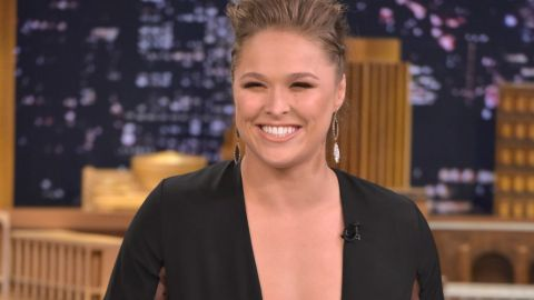 Confirmed: Ronda Rousey is SI's Swimsuit Cover Girl | StyleCaster