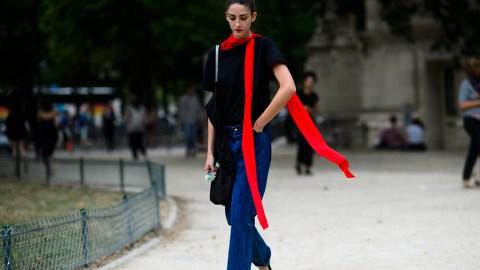 How to Tie a Skinny Scarf | StyleCaster