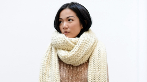 How to Tie a Wool Scarf | StyleCaster