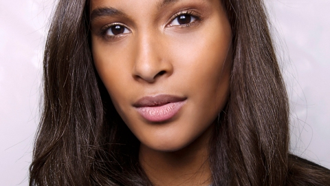 The 9 Lip Balms Makeup Artists Can't Get Enough Of | StyleCaster