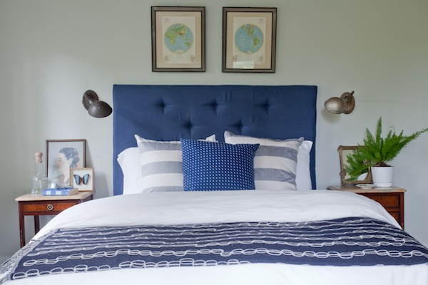 15 Easy Ways to Decorate Your Apartment with Navy Blue