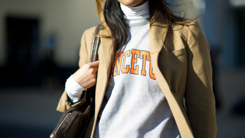 26 Times Street Style Stars Killed It in Sweatshirts  | StyleCaster