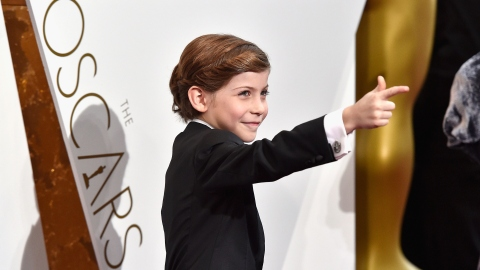 Jacob Tremblay and His Star Wars Accessories Just Won the Oscars Red Carpet | StyleCaster