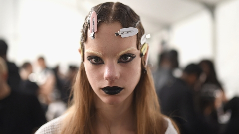 Here's How to Get Those Marc Jacobs–Approved Black Lips | StyleCaster