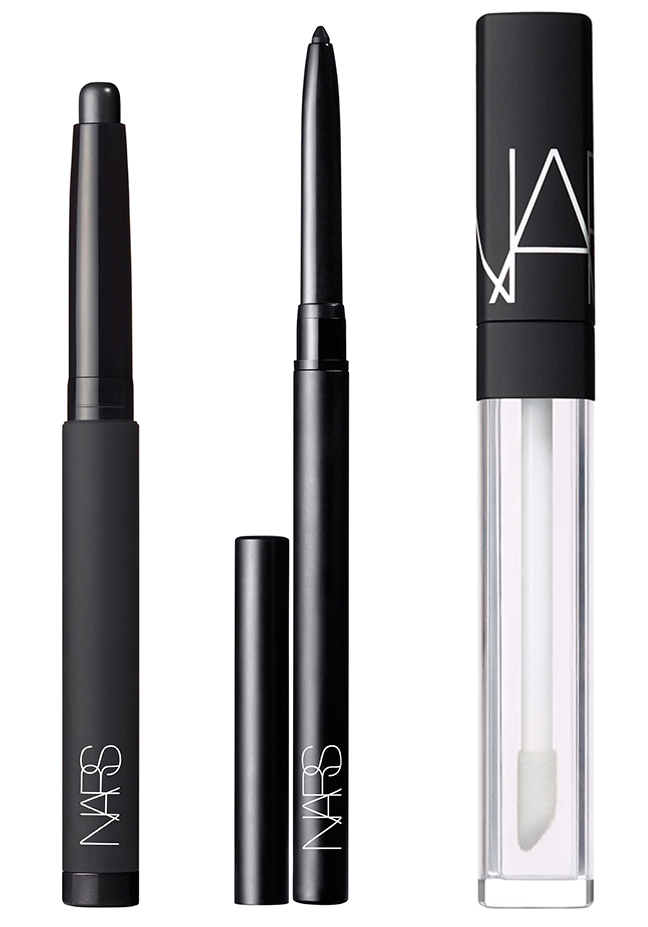 nars fall 2016 marc jacobs products The Exact 4 Products Makeup Artists Used to Create the Jet Black Lips at Marc Jacobs