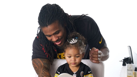 NFL Players Doing Their Daughters' Hair Is the Best Thing You'll See Today | StyleCaster