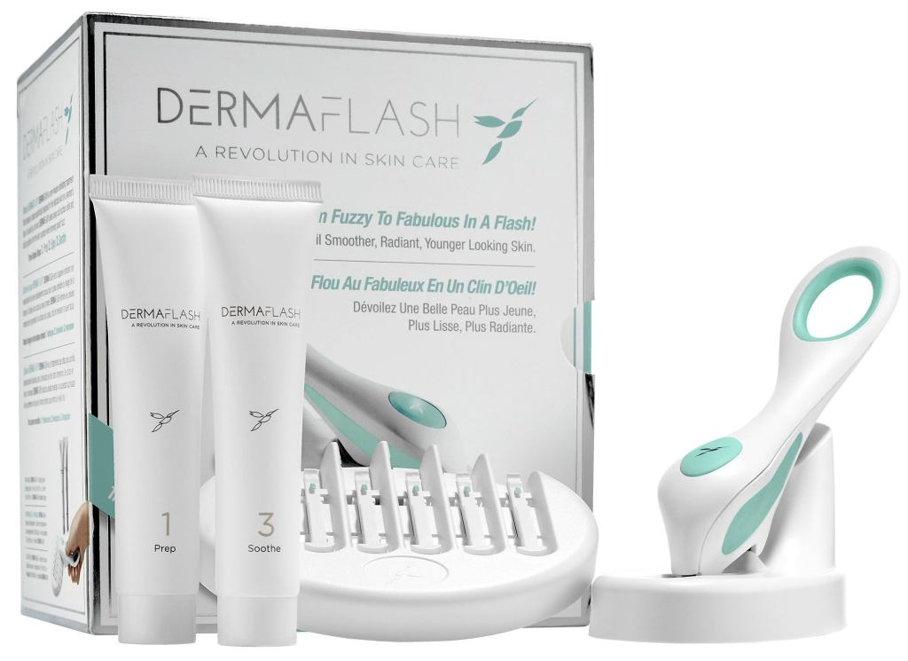 s1775600 main zoom1 Dermaflash Might Be the $189 Secret to the Best Skin of Your Life