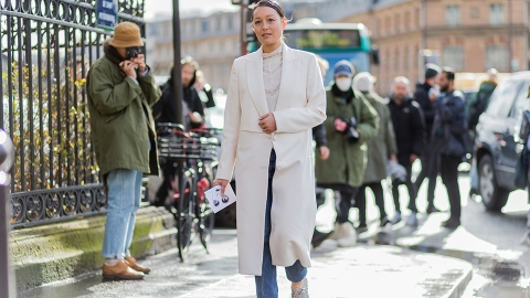 16 Ways to Style a Duster Jacket This Spring | StyleCaster