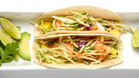 This Easy Fish Tacos Recipe Might Be Better than Takeout | StyleCaster