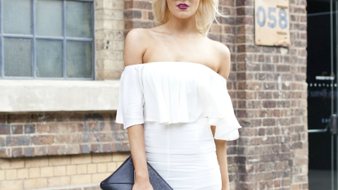 21 Ways to Style an Off-the-Shoulder Señorita  Top | StyleCaster