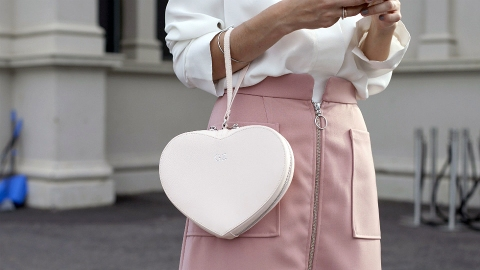 Street-Style Approved: Heart-Shaped Bags | StyleCaster