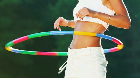 So, I Guess I Work Out with a Hula-Hoop Now | StyleCaster