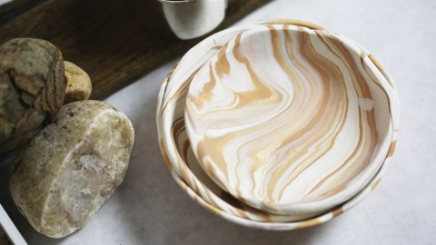 How to Make a Cool Marbled Bowl in Less than an Hour | StyleCaster
