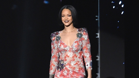 Rihanna Eschews Pants for Thigh-High Boots in British Vogue  | StyleCaster