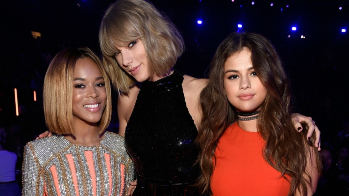 What Selena, Taylor, Demi and Other Stars Wore to the iHeartRadio Music Awards.