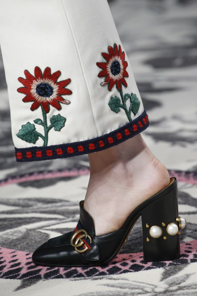 gucci Pearls Are Cool Again! 10 Modern Ways to Wear Them