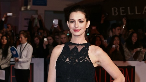 Pop the Bub: Anne Hathaway Is Officially a Mom | StyleCaster