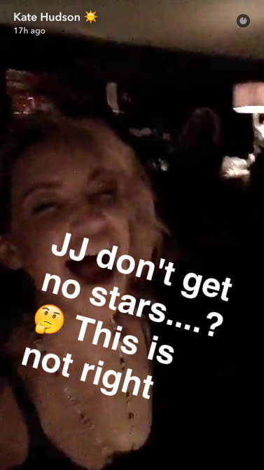 kate hudson 3 Kate Hudson, Potential Cougar, Snapchats Her Date with 27 Year Old NFL Star J.J. Watt