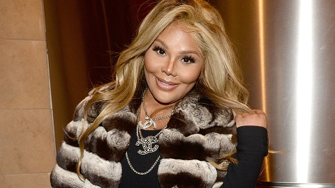 The Internet Reacts to Lil' Kim's Major Transformation | StyleCaster