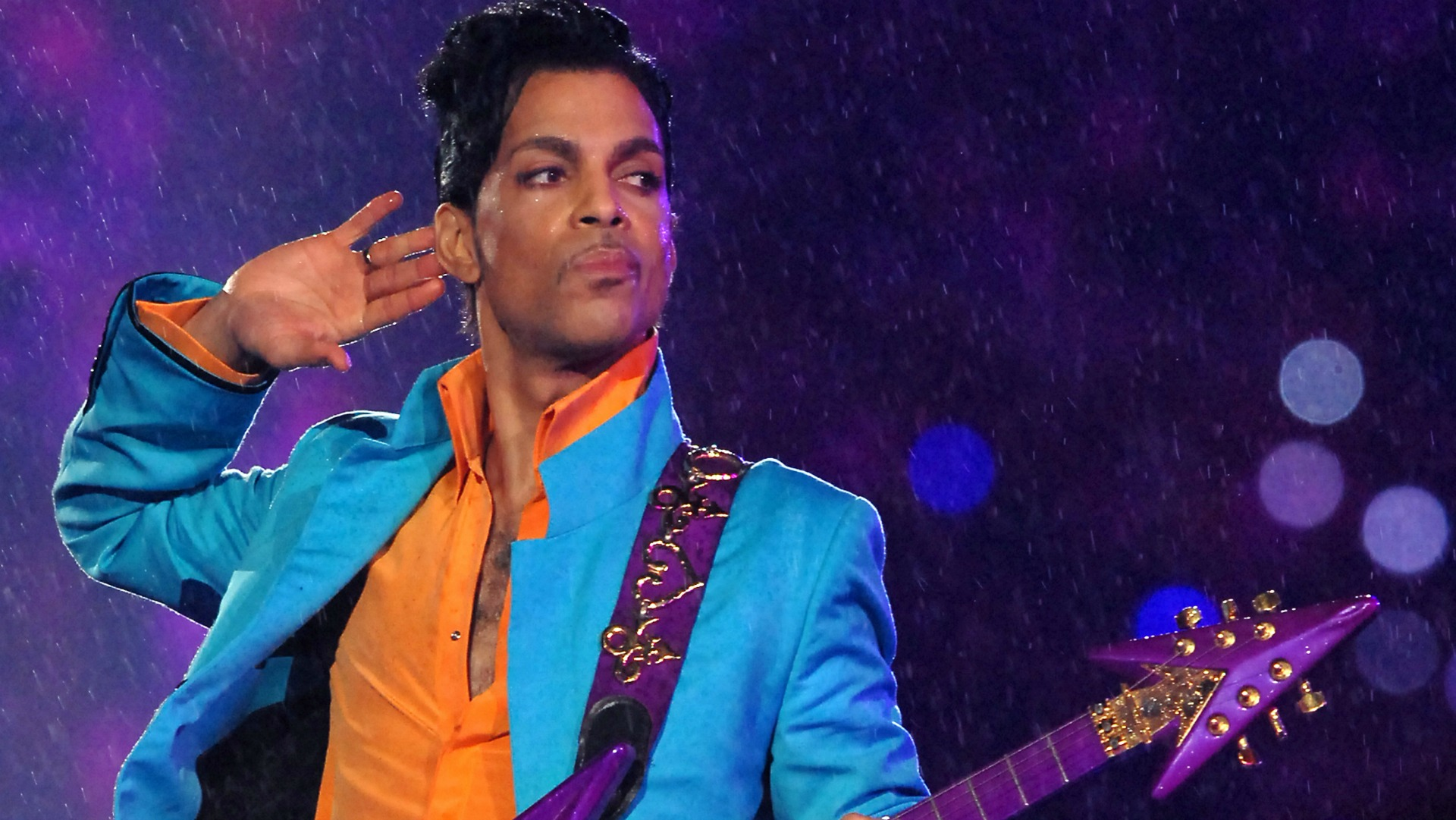 15 Epic Prince Performances You Need to Watch Right Now
