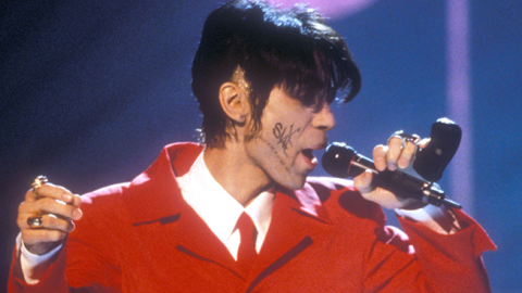 Nobody Performed Like Prince: 15 Epic Live Moments You Need to Watch   StyleCaster