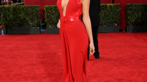 Top 10 Most Memorable Emmys Looks | StyleCaster