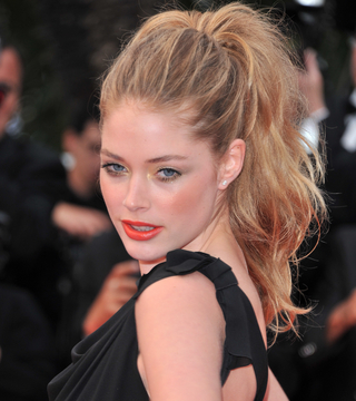 10 Sizzling Summer Hairstyles