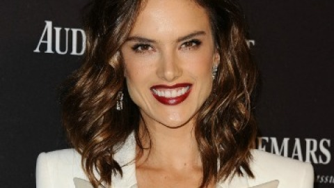 News: Alessandra Ambrosio's New Red Hair | StyleCaster