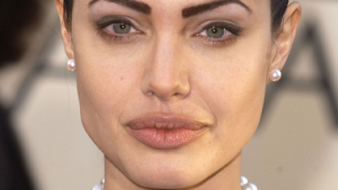 9 Unfortunate Cases of Bad Celebrity Eyebrows | StyleCaster