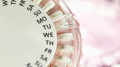 Myth vs. Reality: The Real Scoop on Birth Control Pills | StyleCaster