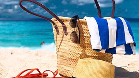 The Beachside Beauty Checklist | StyleCaster
