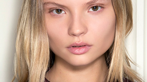 How to Keep Beach Blonde Hair from Going Brassy | StyleCaster