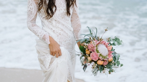 25 Beachy Wedding Dresses for Your Seaside 'I Dos' | StyleCaster