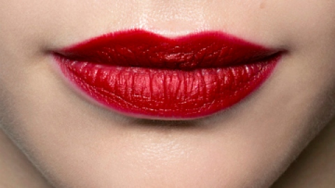 The 5 Best Red Lipsticks Ever | StyleCaster