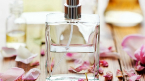 Find Your New Spring Perfume in 5 Steps | StyleCaster