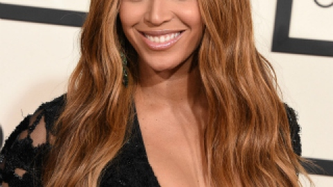 Get The Grammys Look: Beyonce's Glamorous Waves | StyleCaster