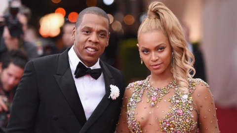 Jay Z Wins Adorable Dad Award for Dancing With Blue Ivy Backstage at Beyoncé Show: Video   StyleCaster