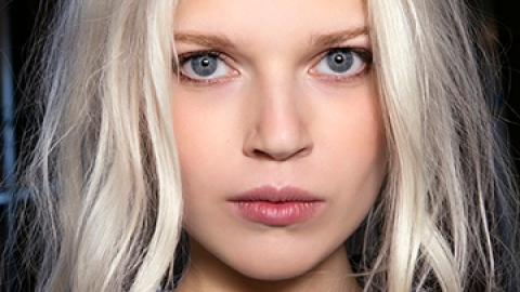 How to Keep Your Blonde Hair Color Intact This Summer | StyleCaster