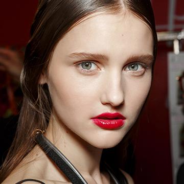 The Best Ways to Wear Bold Lipstick This Summer