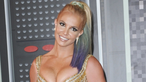 Britney's Bringing the Early-'00s Nostalgia to the Billboard Awards 🙏   StyleCaster