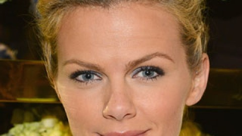 Brooklyn Decker's Makeup Has Us Ready for Spring | StyleCaster