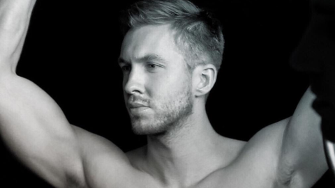 Calvin Harris Loves His (Ripped) Abs So Much, He Wanted to Share Them with You | StyleCaster