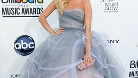 The Best And Worst Looks At the Billboard Music Awards | StyleCaster