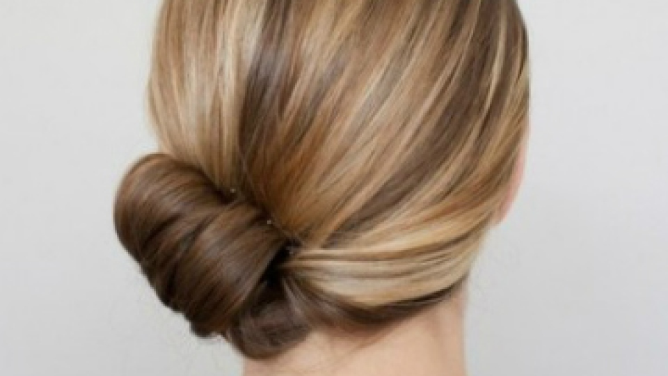 Weekend Hairstyle: The Simple Chignon | StyleCaster