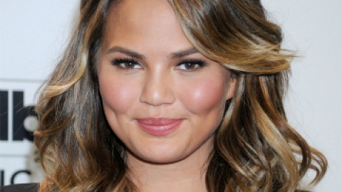 Hair News: Chrissy Teigen's Long Bob is Perfect | StyleCaster