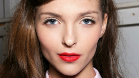 The Very Best Christmas Makeup Ideas | StyleCaster